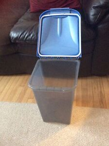 Small Animal Bulk Food Container
