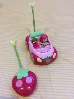 Fun Strawberry Shortcake Doll and RC Berry Car