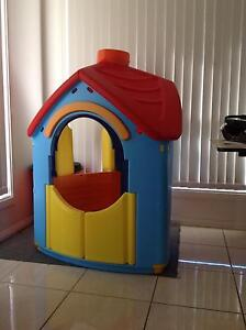 Children's Villa - indoor/outdoor play house Bourkelands Wagga Wagga City Preview