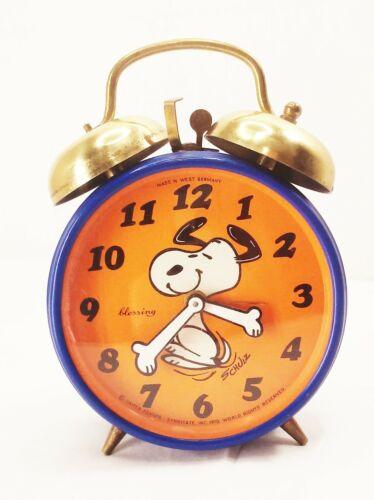 Vtg 1970s Snoopy alarm clock blue orange wind up metal west germany