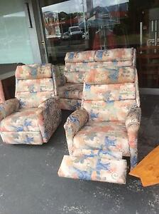LOUNGE SUITE TWO SEATER AND TWO RECLINER CHAIRS Derwent Park Glenorchy Area Preview