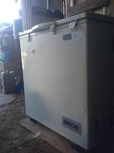 Eva cool freezer(or can use just as fridge) Dilston Launceston Area Preview