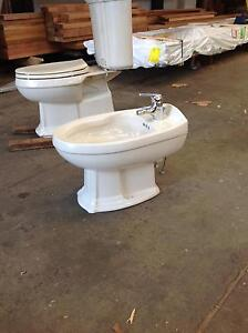 Bathroom sinks and toilets Botany Botany Bay Area Preview