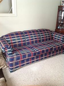 Couch and love seat plaid