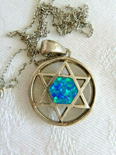 Star of David Pendant Necklace Faux Opal Sterling Silver 18 Inches 4.7 Grams