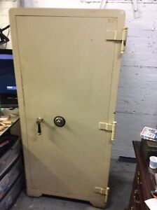 Large Vintage Jewellers Combination Safe Commercial/Industrial