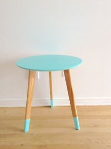 Tripod style accent table nightstand