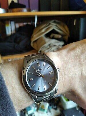 Seiko titanium quartz sapphire crystal watch 100m water resistance, 40mm size
