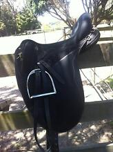 LARGE BLACK WINTEC STOCK SADDLE Hallora Baw Baw Area Preview