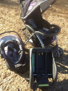 Safety 1st Car Seat & Matching Stroller READ AD