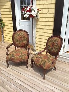 King and queen antique chairs