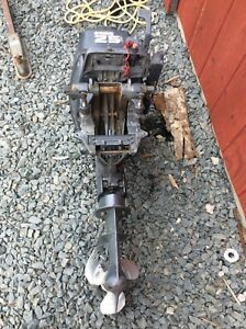 Yamaha 25hp two stroke out board short shaft 800 obo