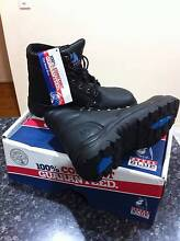 BLUE STEEL ARGLY BLACK COLOUR WORK BOOTS SIZE 9.5 STEEL CAPPED St Marys Penrith Area Preview