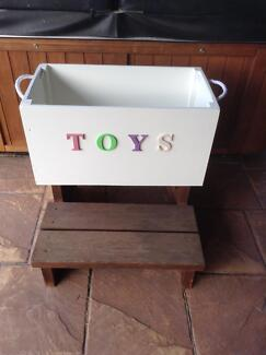 Timber TOY box NEW $25