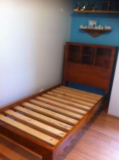 Solid Timber Bed Macquarie Hills Lake Macquarie Area Preview