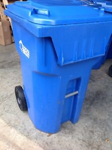 ROLLING BLUE LARGE RECYCLING BINS - USED