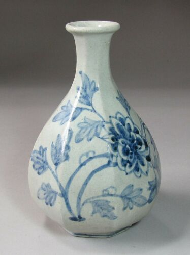 Fine/Rare/Old Korean Blue/White Octagonal Shape Porcelain Bottle-: