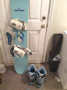 147 cm snowboard and size 9 boots!!
