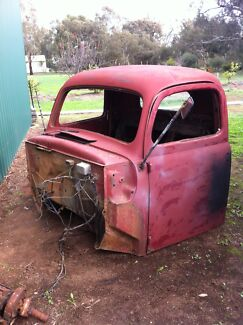 Wanted: Wanted early International Or Studebaker truck cab  1940s/1950s