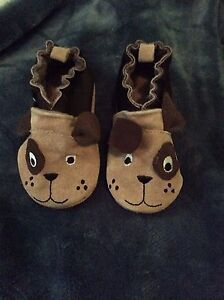 Brand new robeez shoes - size 0-6 months