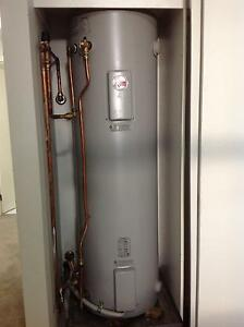 Hot water system, 160 L Fitzroy Yarra Area Preview