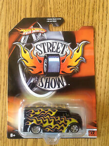 Hot Wheels Street Show #12 Dairy Delivery (Real Riders)