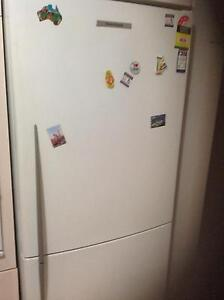 This Fisher & Paykel refrigerator's 442 litre capacity Roxburgh Park Hume Area Preview