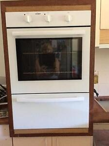 Package deal, electric oven, cook top and range hood New Lambton Heights Newcastle Area Preview