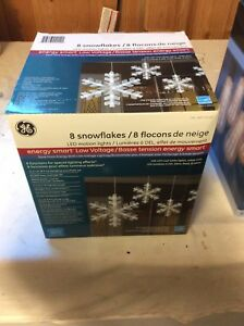 Eight snowflakes led motion light for sales $10