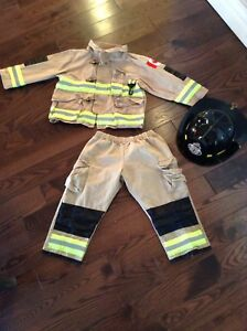 Firefighter costume size 3-4