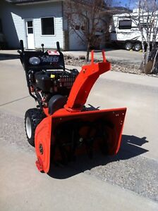Arians snow blower and complete with rotary brush