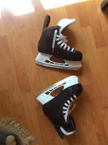 Pair of skates, size 6 US, for boys