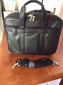 Targus soft leather laptop bag