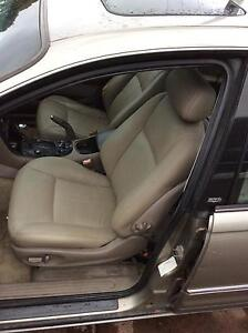Wh statesman front leather seats and door cards Wollongong Wollongong Area Preview