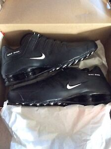 Size 13 brand new authentic Nike shox nz
