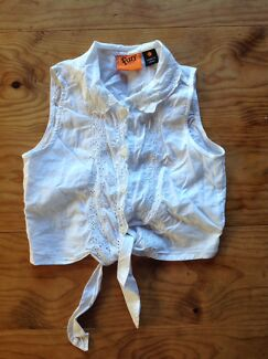 Girls button up top with tie - size 3
