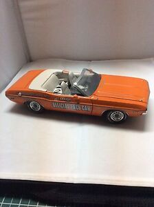 1971 Die Cast Dodge Charger Pace Car Indy 500 1:18 - New Price Peterborough Peterborough Area image 2