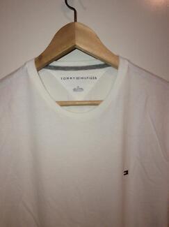 Tommy Hilfiger T Shirt White Size M