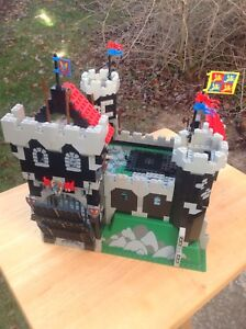 Lego System Black Knight's Castle (Christmas Special Deal)