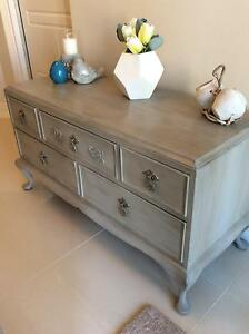 """Hall Table """" French Provincial """"  So very Elegant and Chic Burns Beach Joondalup Area Preview"""