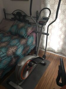 Tempo Fitness 605E Elliptical Trainer