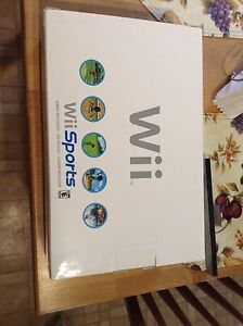 Wii Sports Bundle - 2 balance boards, controllers and games