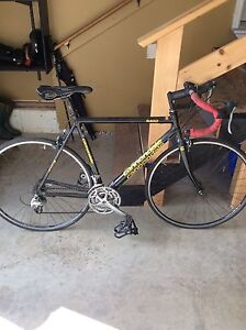 Cannondale road bike. (22 1/4 inch)