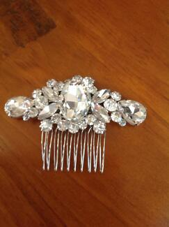 Crystal hair pin Whitebridge Lake Macquarie Area Preview