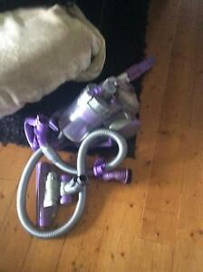 Dyson Vacuum works well Thomson Geelong City Preview