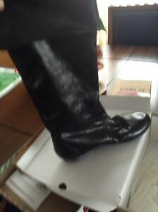 Ladies black flat boots