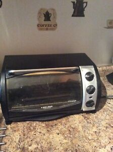Black and Decker Toaster Oven for Sale