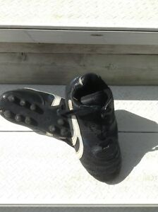 Soccer Shoes, Youth