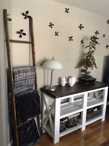 TV Stands/Console Tables