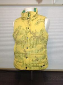 Yellow Burton puffer vest - Large